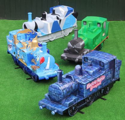 sculpture trail - trains