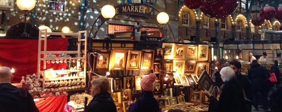 Find That Perfect Present at South Molton's Christmas Antique Fair